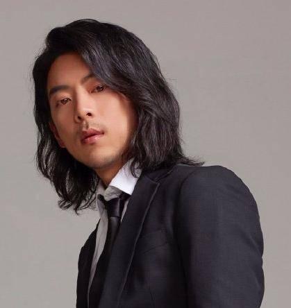 韩男星演18线万回韩吹嘘是顶级明星遭打脸插图