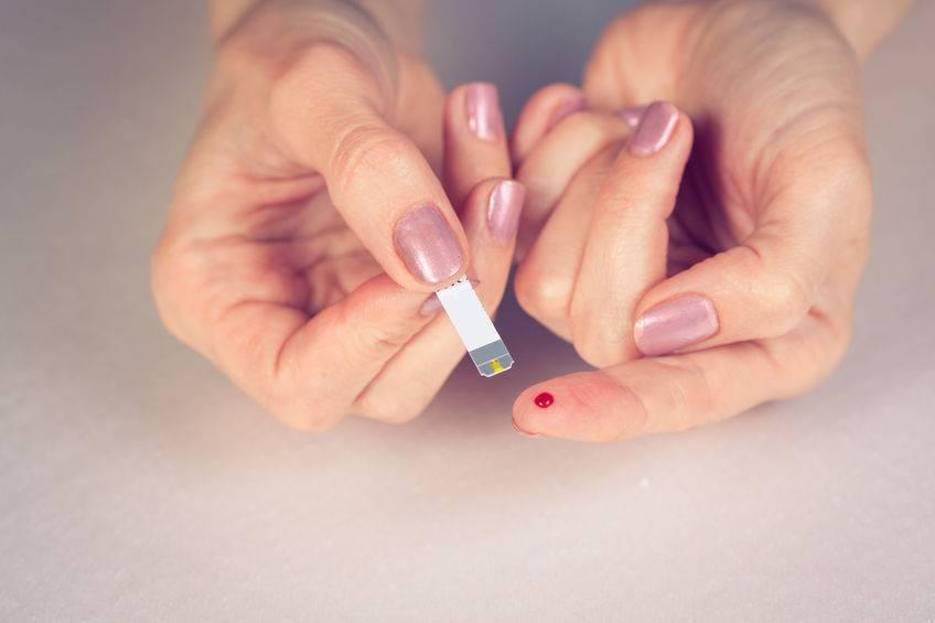 比高血糖更危险?牢记5个高发时刻,做好4件事,远离低血糖
