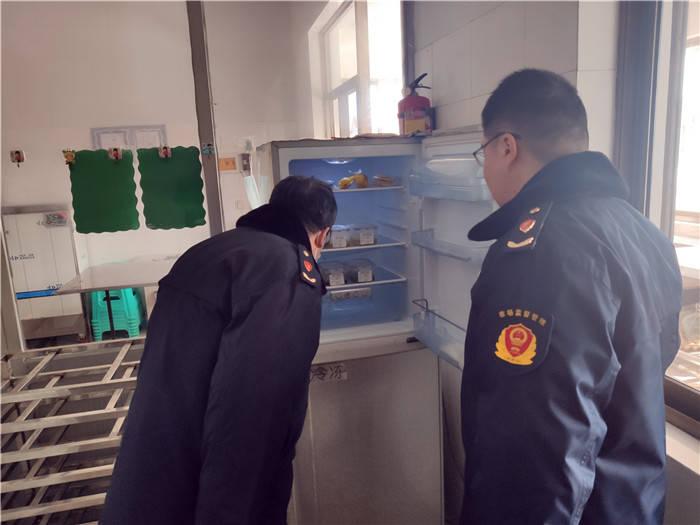 食品安全第一位 专项检查保平安