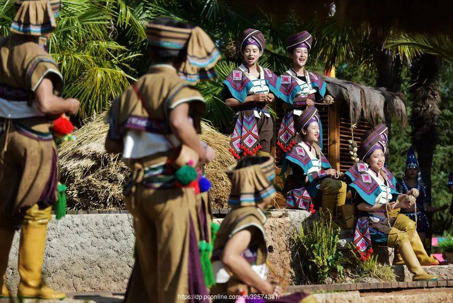 云南的宝藏目的地,色彩比摩洛哥丰富,建筑比土耳其有特色