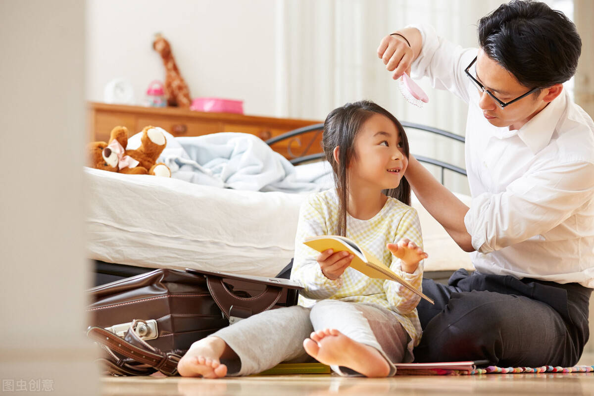 女孩子一般是和爸爸更亲还是和妈妈更亲? 爸爸妈妈亲考级舞蹈