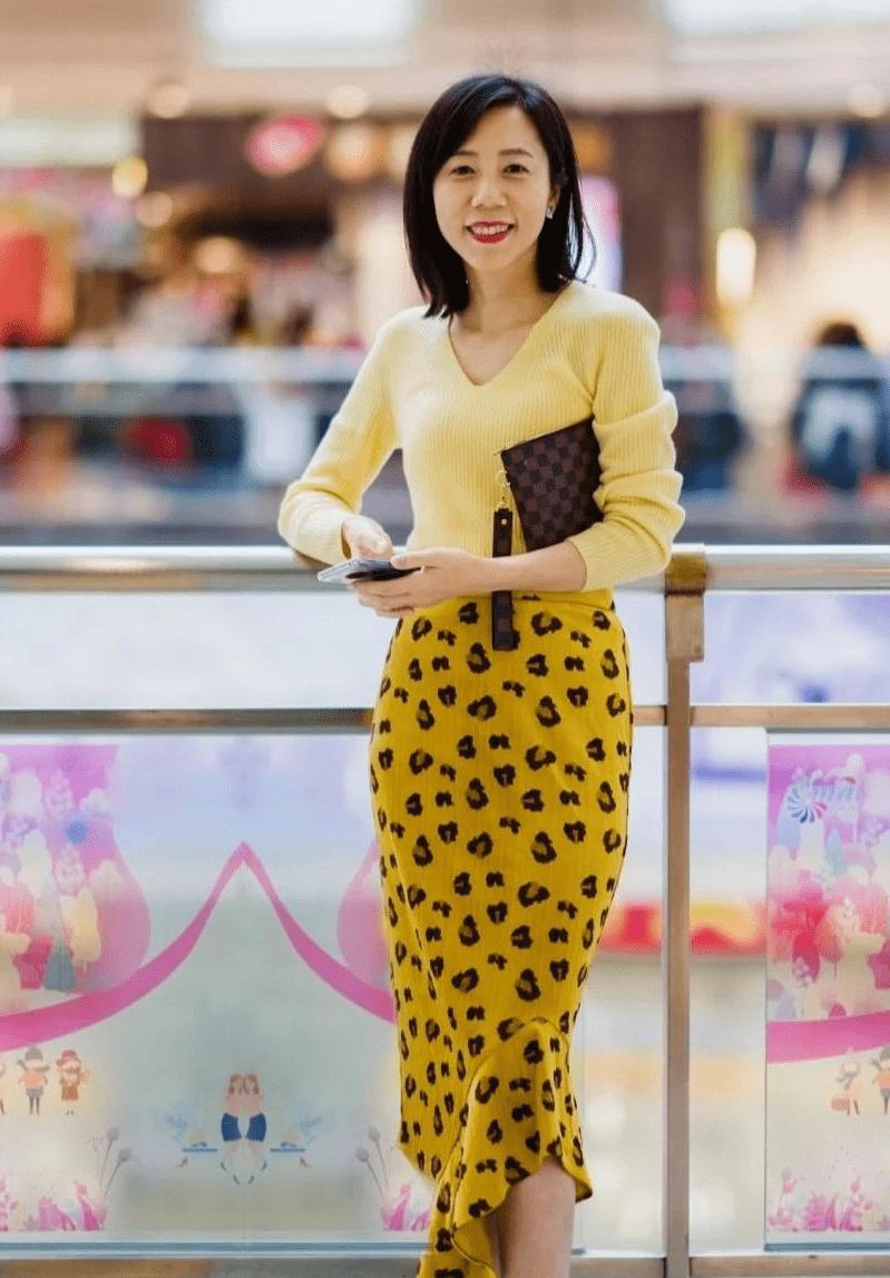 """原创春季穿什么优雅还时髦?这位40+女性""""优雅轻熟风"""",真的很绝"""