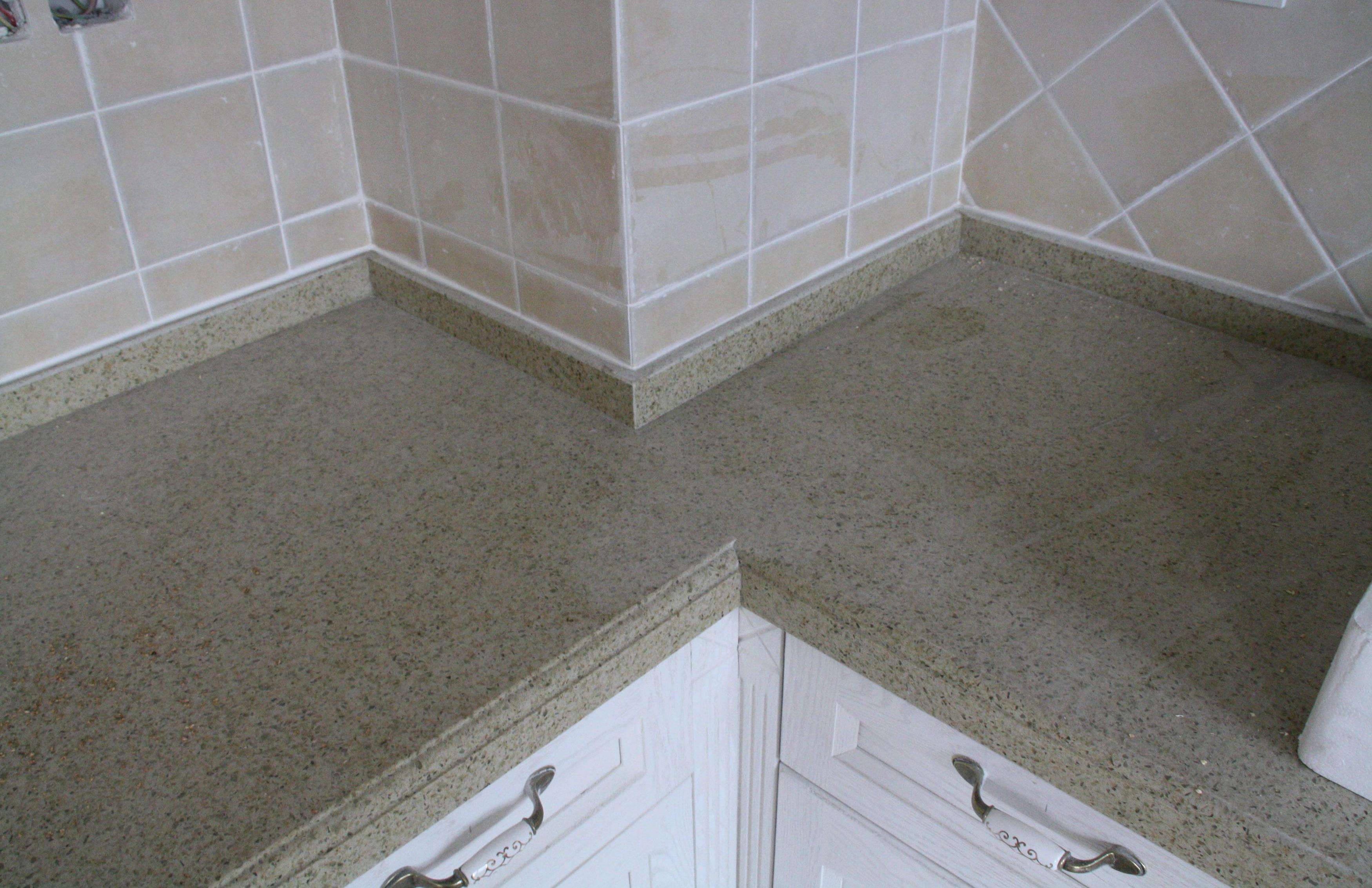 大满贯老品牌网站厨房台面选什么材质?石英石、大理石、不锈钢