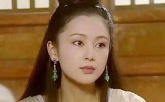 古装第一美人,曾嫌弃倪萍太老,五十岁经常撒娇,日子圆润!  第2张