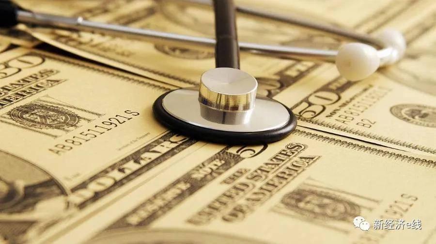 原创公募亮点时刻!行业管理费飙升近50%,这两家公司为持有者赚了1000多亿元
