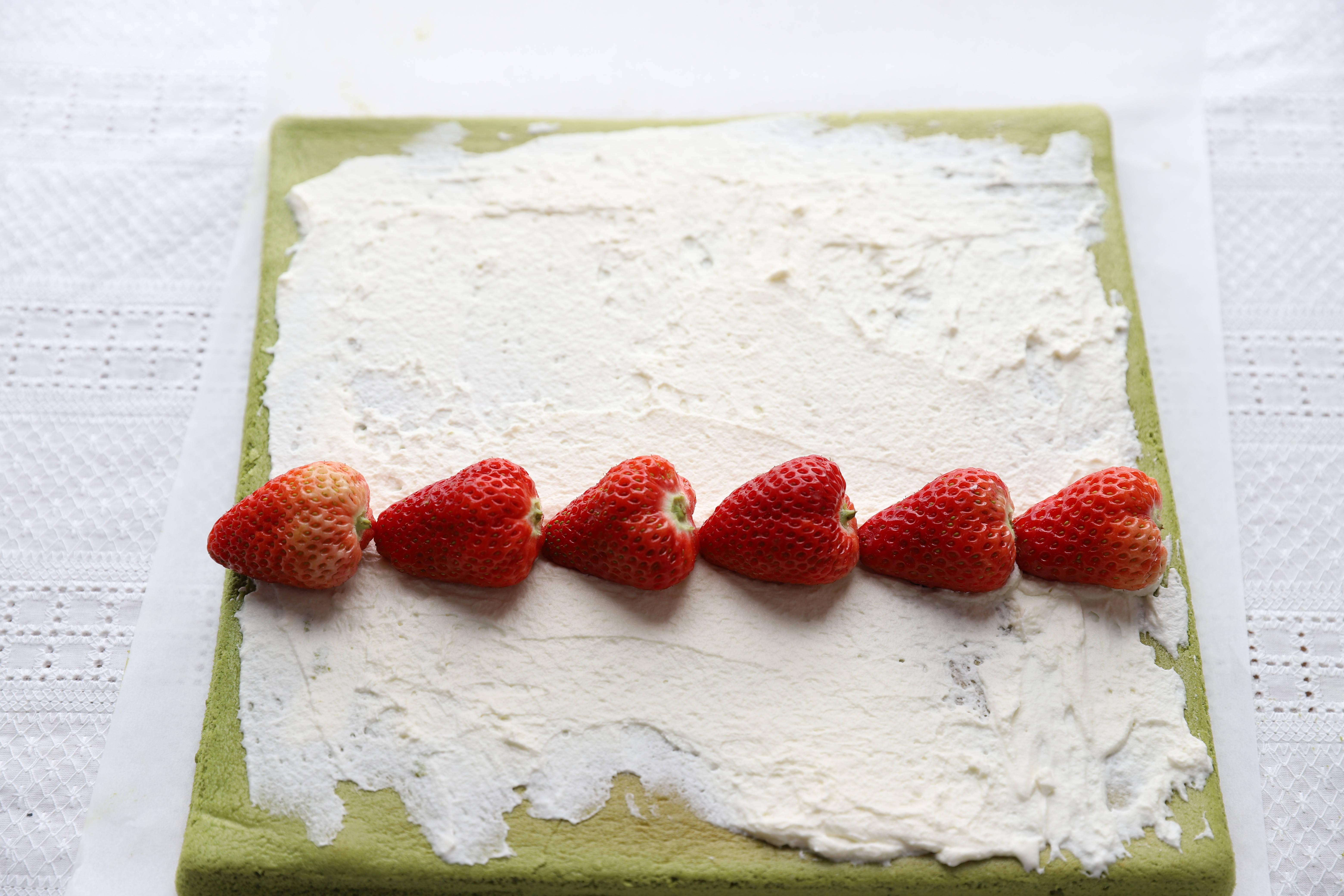 二十九张图,详解抹茶蛋糕卷的做法,仔细看完,新手也能零失败