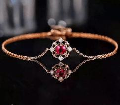 心理测试:选一条宝石手链,测你的命中注定的TA会在哪里?  第4张