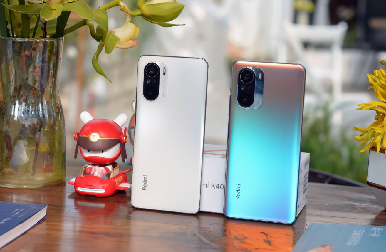 """原创             4月买手机不要""""盲目跟风"""",目前这4部手机值得买,性价比高!"""