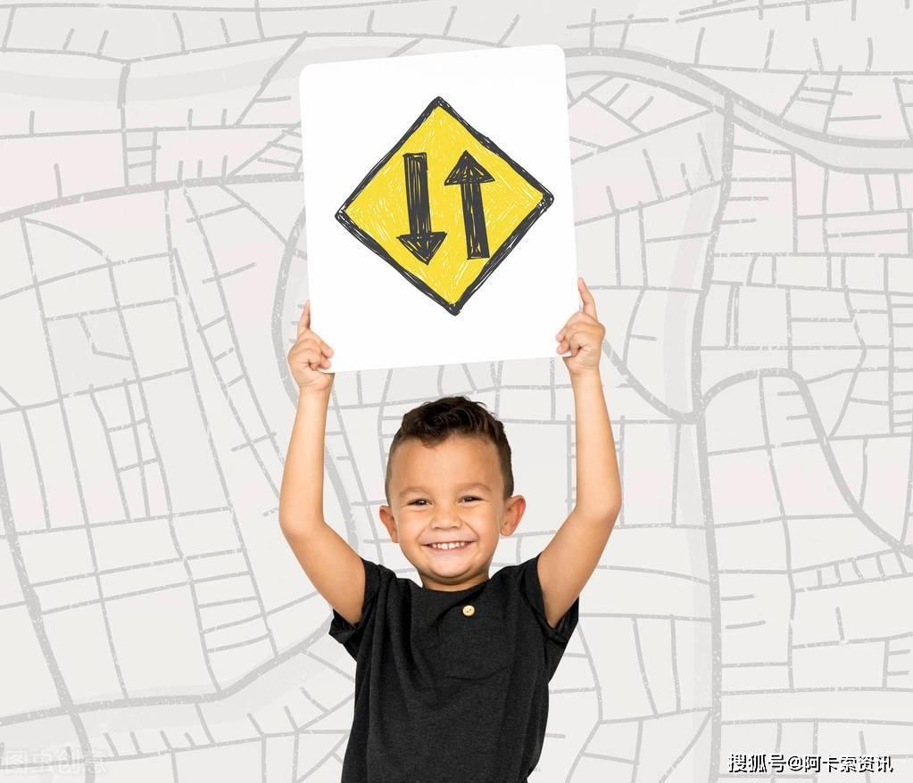 """这个育儿观火了:父母""""示弱""""是促进孩子走向独立的第一步!"""
