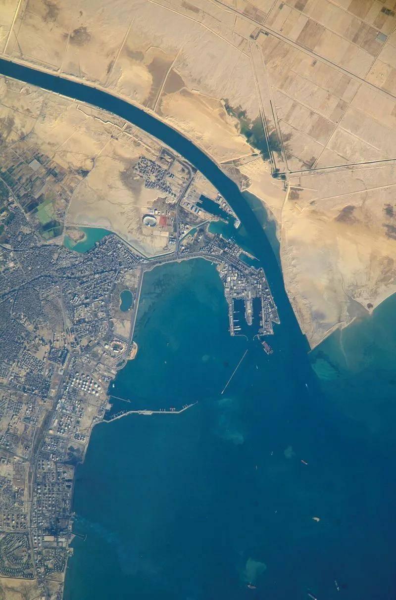 """油价""""九连涨""""之后终于降了,因为苏伊士运河恢复通航了?  第18张"""