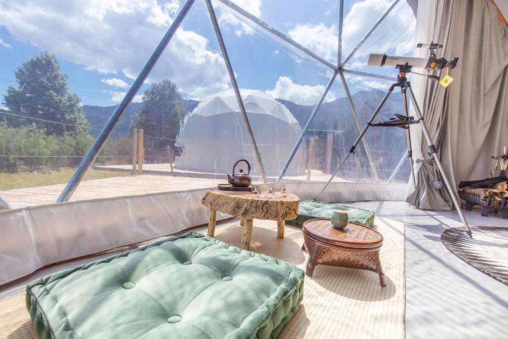 原创             玉龙雪山脚下的网红民宿,整个假期和雪山为伴