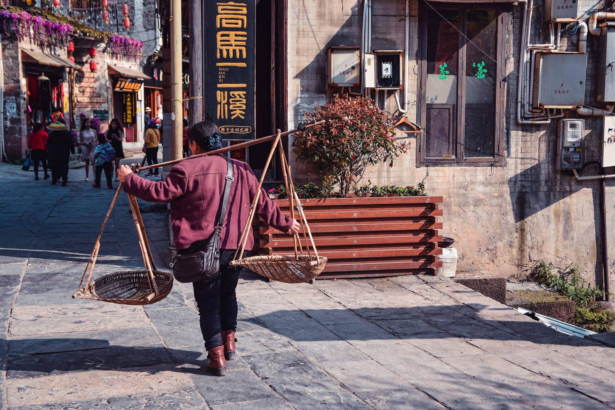 原创             适合四月旅行的三座城市,集中在湖南西部,可以慢玩一个月