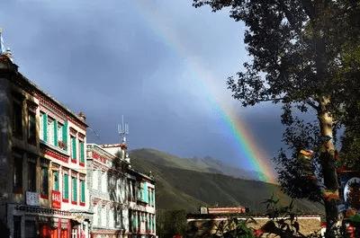 心理测试:雨后的彩虹,哪道最美?测你最近一周有什么开心事发生