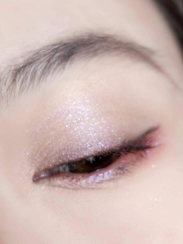 嗑完山河令嗑俊哲,嗑出黑眼圈只能自己遮,還得有姹紫嫣紅春日妝