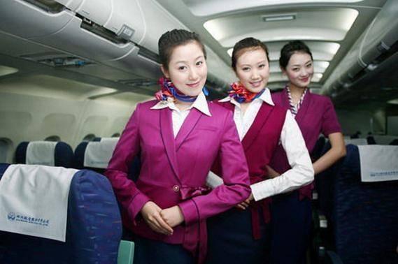 坐飞机可以享受的几种服务,需要乘客主动开口,很多人还不知道!