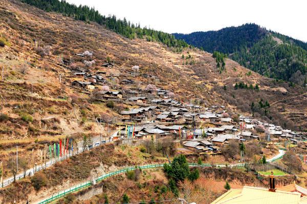 九寨沟县最古老的藏寨在哪里,寨子咋样,要不要去?