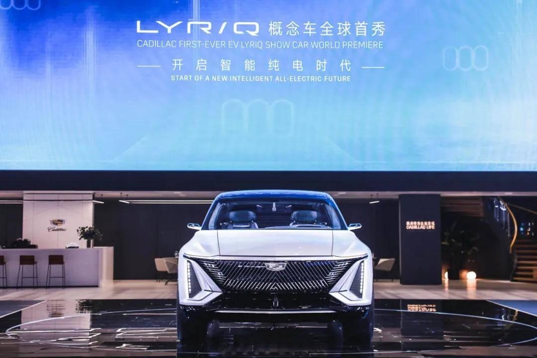 """2021上海车展·观察丨""""新新势力""""抢风头,""""她经济""""成竞争新高地"""