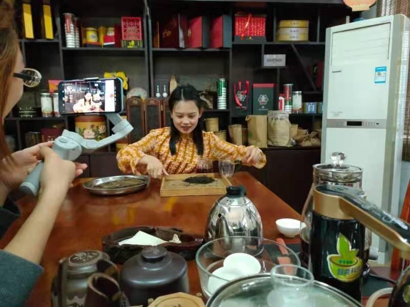都来看看中国六堡茶核心产区六堡镇三月三都干了些什么?插图(5)