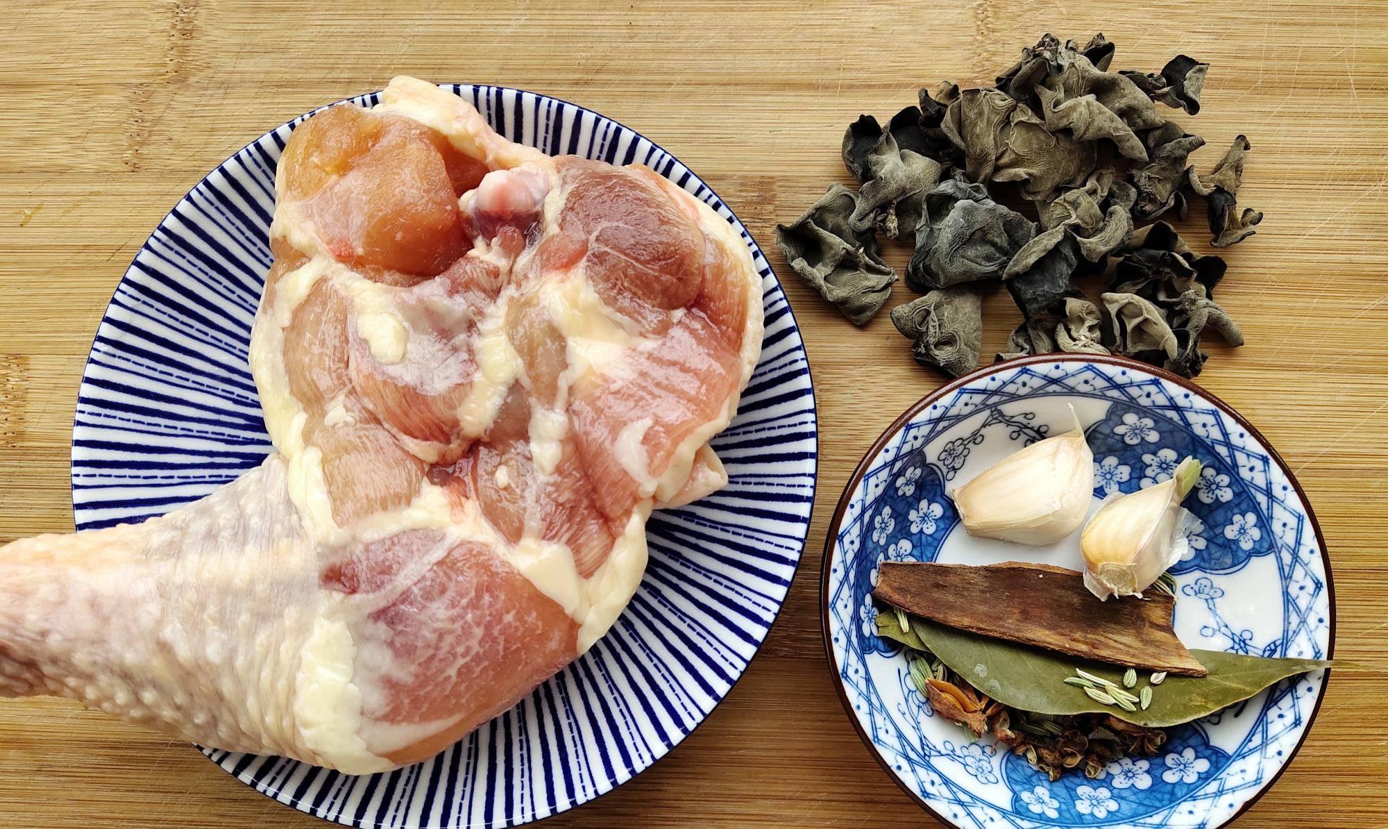 入秋后,少吃猪肉,多吃3种肉,营养滋补不发胖,顺应时节更健康  什么肉煲汤不长胖