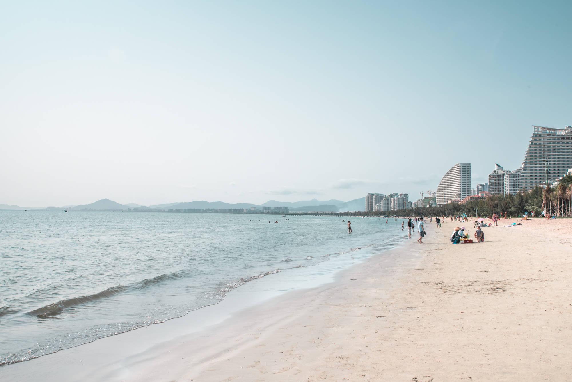 三亚这三大海湾,三亚湾、大东海、亚龙湾,哪个海滩最适合你呢?_潜水