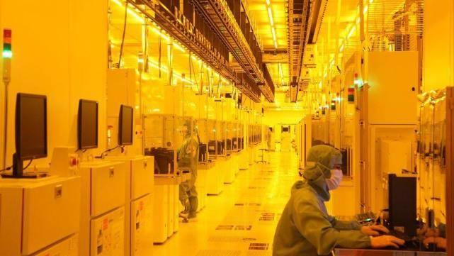 """国产芯片相继传来好消息,比尔盖茨的""""预言""""要成真?"""
