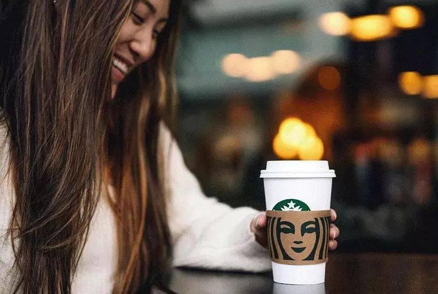 星巴克首度公开品牌VI,来看全球最大咖啡连锁品牌怎么设计?