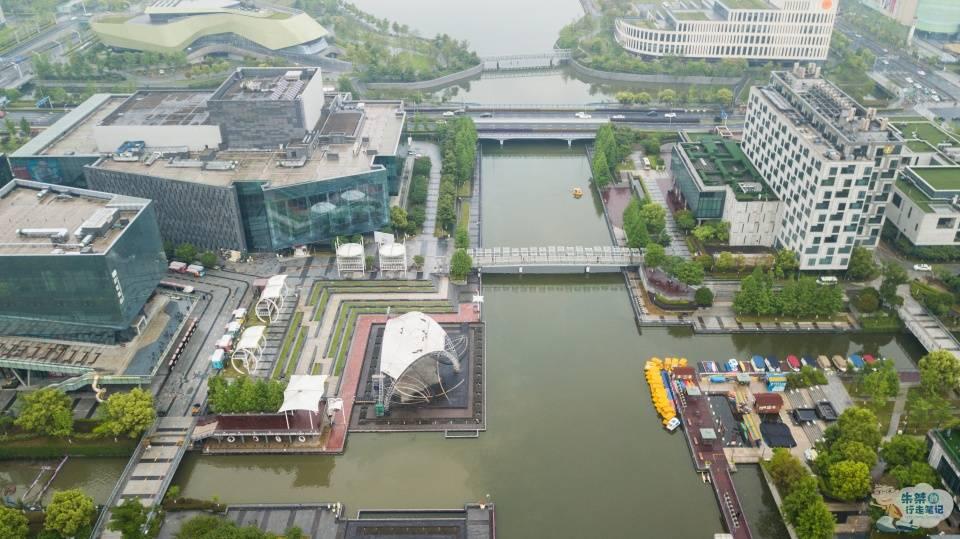 原创             世界第四大港口城市,拥有多项之最,实则还是钟灵毓秀的江南水乡
