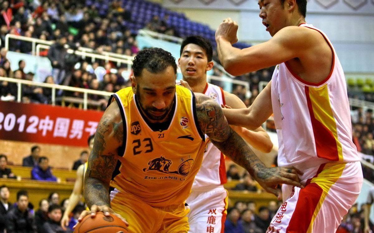 CBA第一外援,拿下5次总冠军,朱芳雨曾直言:他是真正的MVP!