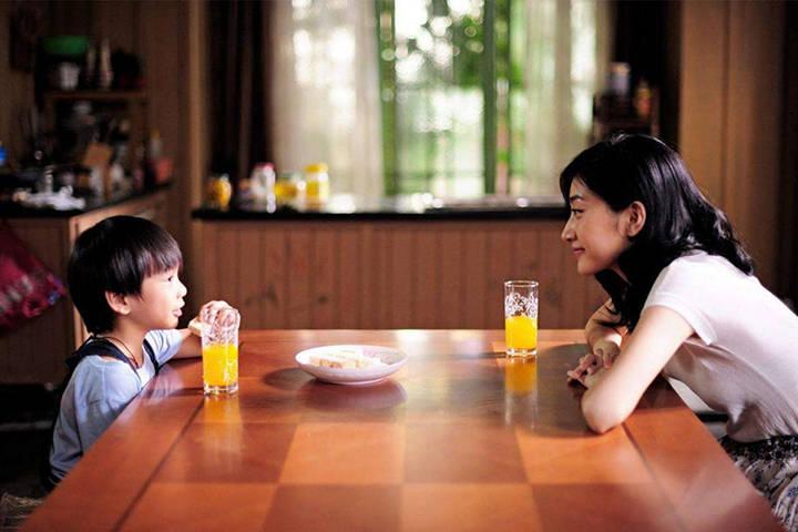 教育孩子时,家长最应该使劲儿的地方,并非是孩子而是自己