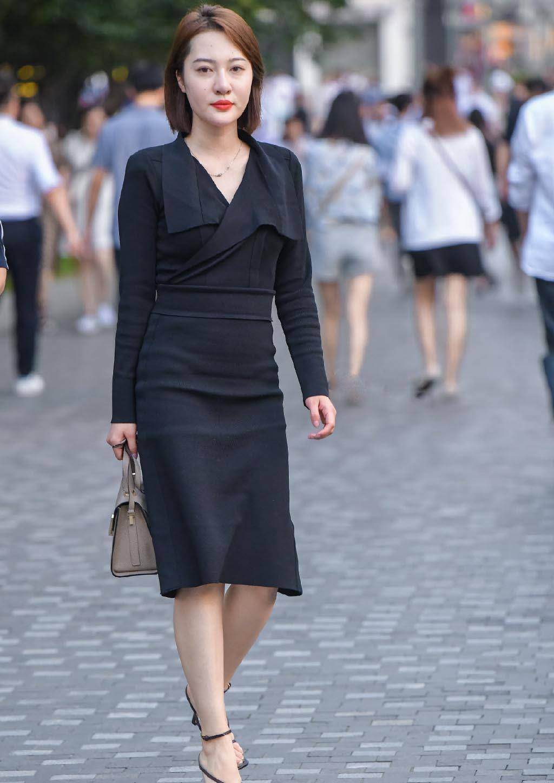 气质女生的连衣裙穿搭示范,风格多样优雅耐看,穿搭思路值得借鉴