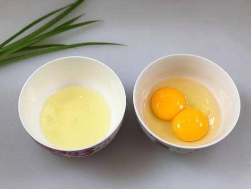 【跟着大师学保健】(1023)娜娜小喵《每天吃鸡蛋的人和不吃鸡蛋的人有明显的差距》Juli ..._图1-2