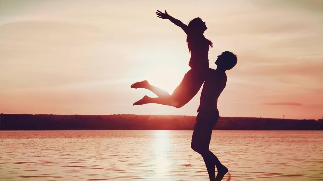 有一个灵魂伴侣的感觉 灵魂伴侣相遇前的征兆