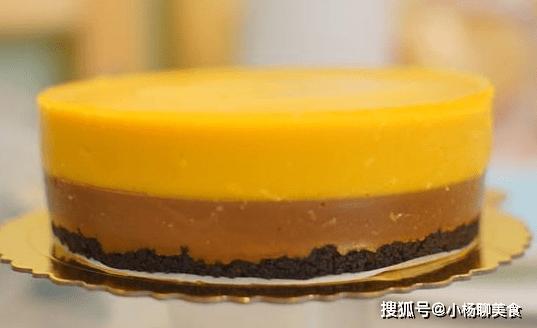 便宜慕斯蛋糕,不需烤 箱,口感入口即化,不用