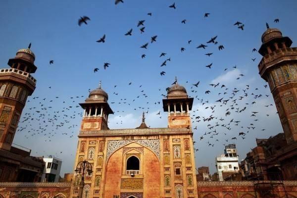 带100块钱,在巴基斯坦能干什么?游客:可能超出你的想象!