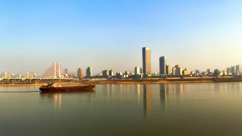 江西南昌与广西南宁的2021年一季度GDP谁更高?