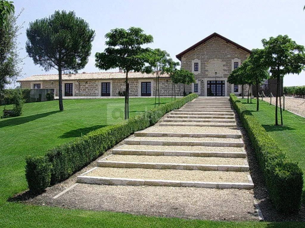 马拉狄城堡、科斯拉百丽城堡、杜卡斯城堡、梅内城堡&雄狮城堡侯爵园!