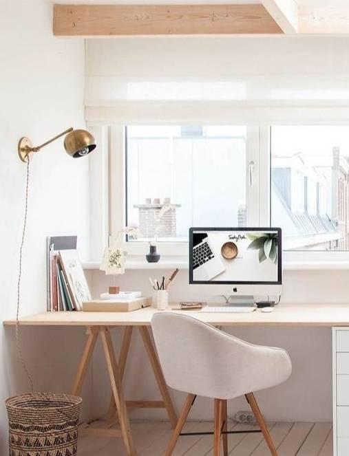 膜拜!书桌就该这样设计,一块板子就足够,不占地!大气!