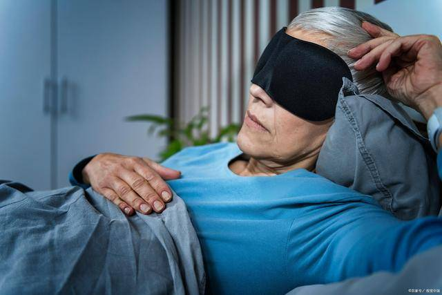 老年痴獃人群難監管,家庭負擔重?那是你不知道人員監控技術!