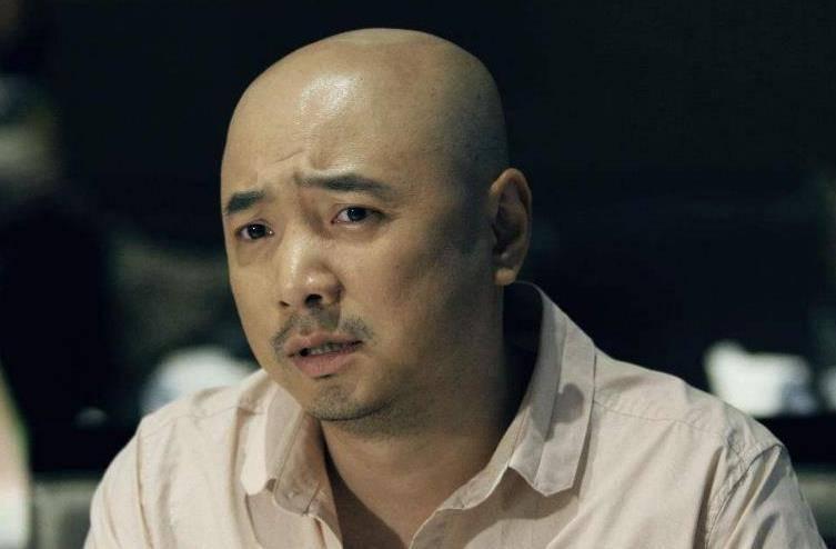 他被外界誉为鬼才,一部电影狂揽10亿票房,却被徐峥嫌弃不会演戏!