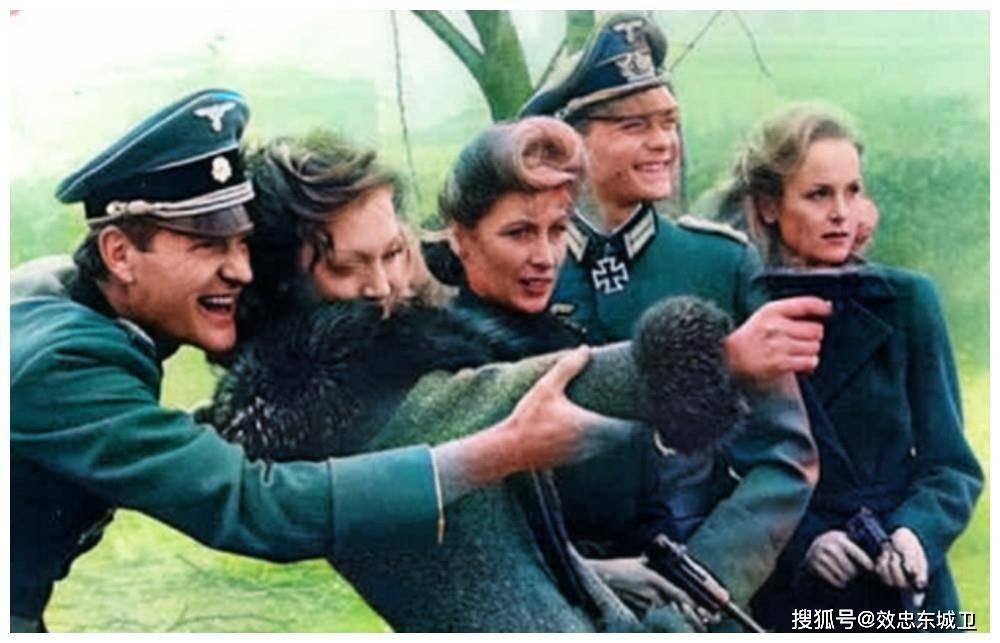 历史上过目难忘瞬间:刚蹲完监狱的希特勒,美军给