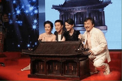 """图片[32]-华人之光成龙的""""财富帝国"""",他值得-妖次元"""