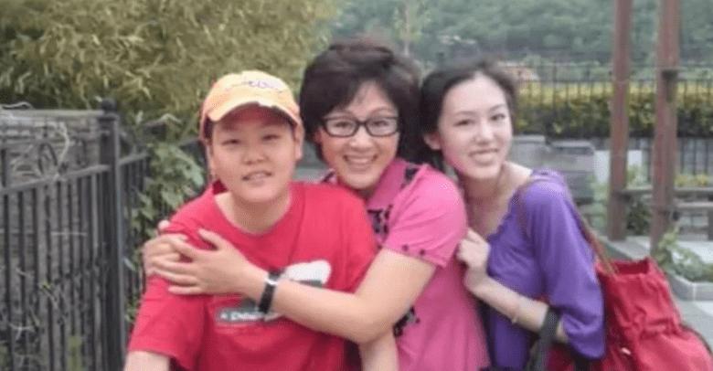 59岁王姬生日坚持拍戏,身段苗条年轻20岁