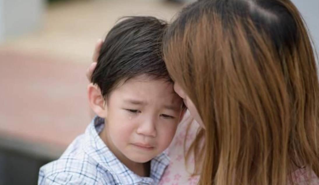 """父母的""""语言暴力"""" 会影响孩子智商 经常吼孩子的家长要注意了-家庭网"""