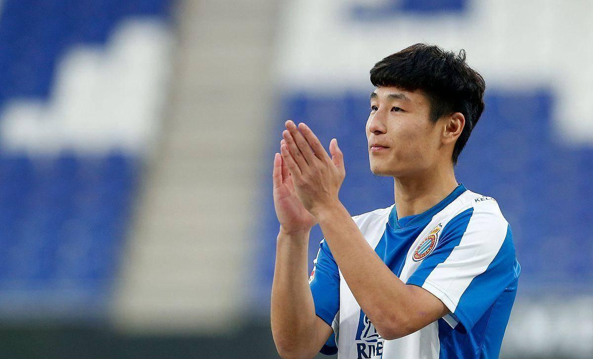 4场3首发,武磊西甲2轮将回国足,主教练引援中国前锋或遭弃用                                   图1