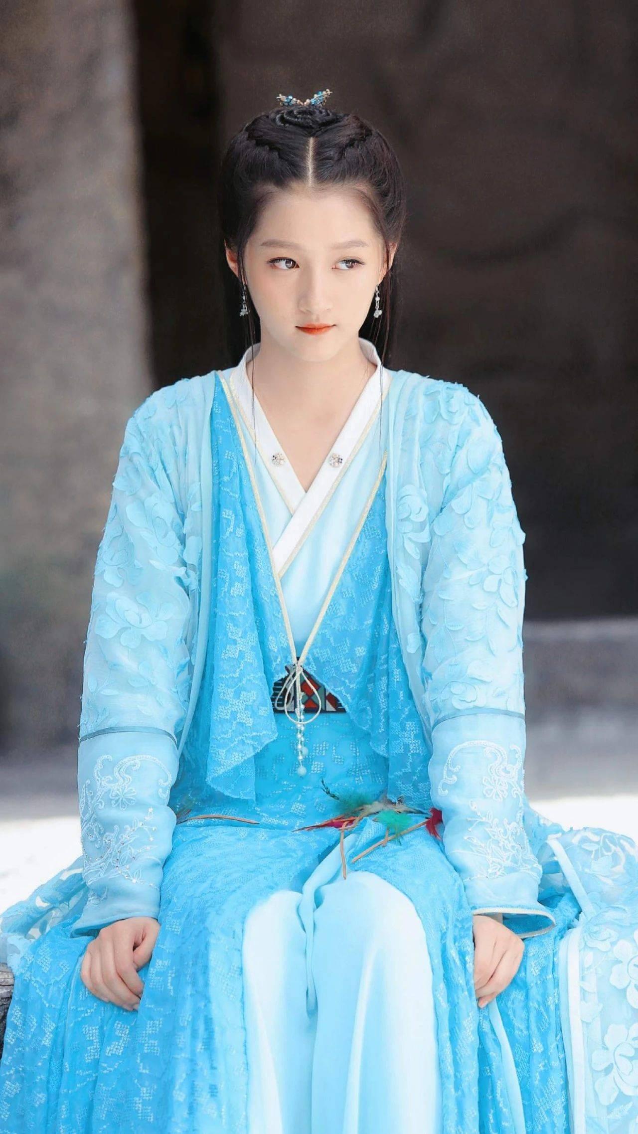 关晓彤《轩辕剑之汉之云》壁纸送达,是灵动水嫩的小仙女哒