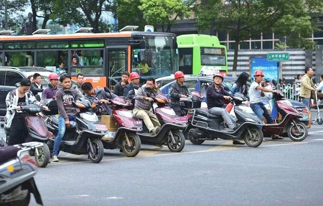 电动车被管制,摩托被禁行