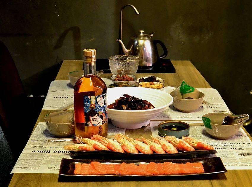 体验异域美食,港式料理小酒馆 !