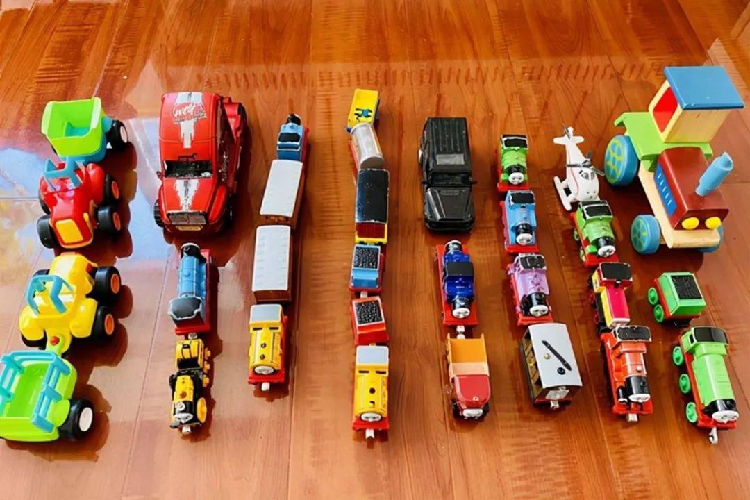 """给孩子买太多玩具,除了会影响孩子的专注力外,还有这些""""伤害"""""""