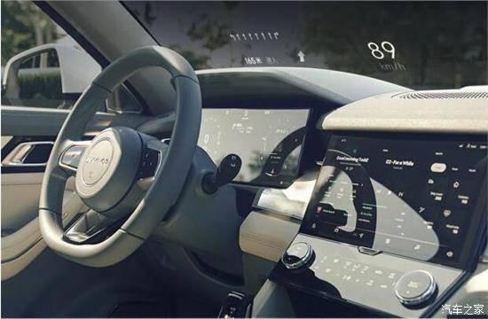 高亮度均可调 随心驾驶 更显从容
