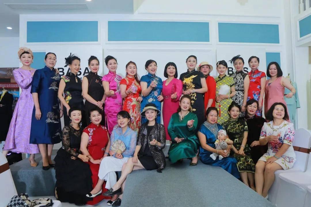 2021芭莎国际服装服饰品鉴会在蓉成功举行!